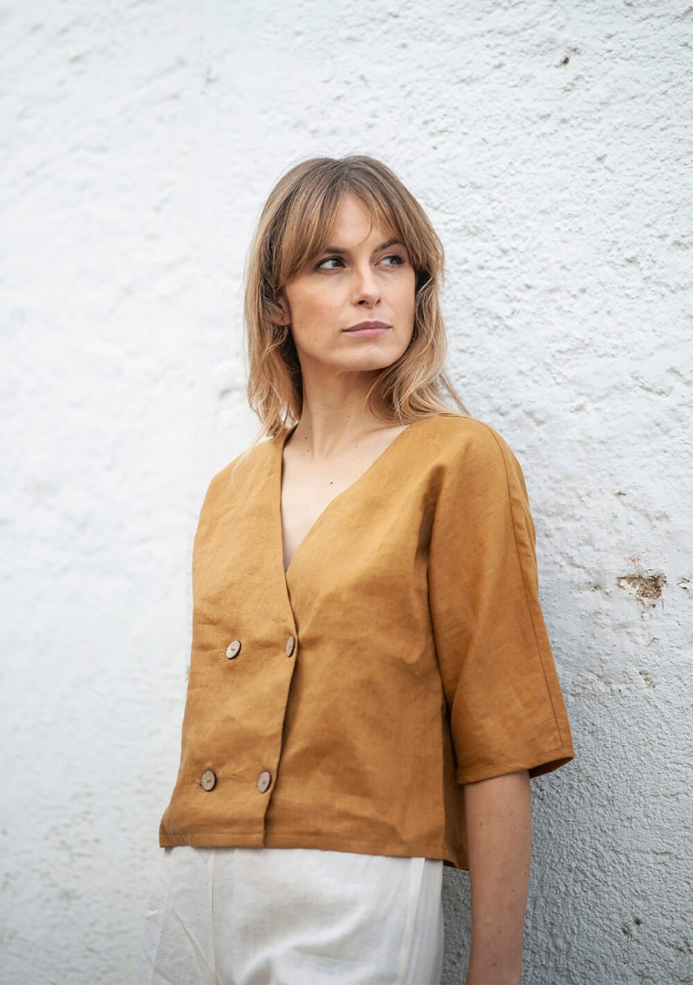 Double breasted linen top Willa 8