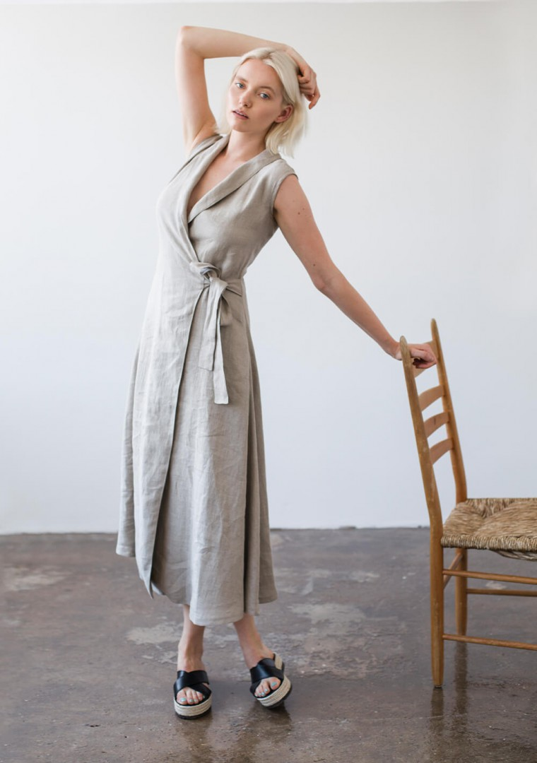 Sleeveless linen wrap dress Serena 5