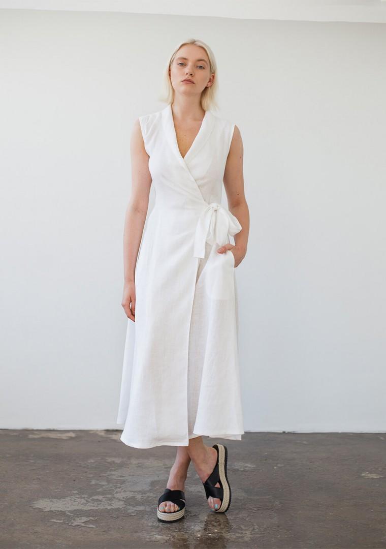 Sleeveless linen wrap dress Serena 4