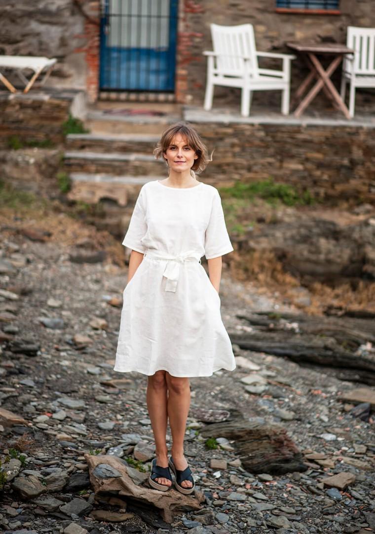 Linen dress Maeve in ivory 2