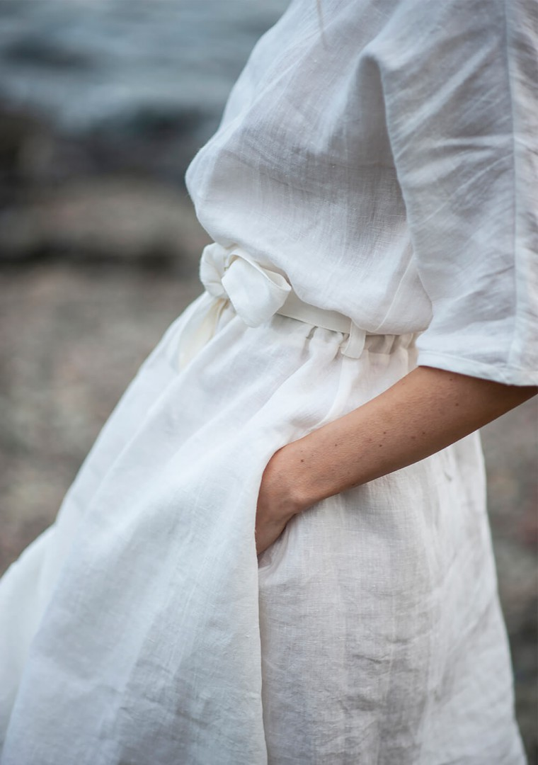 Linen dress Maeve in ivory 7
