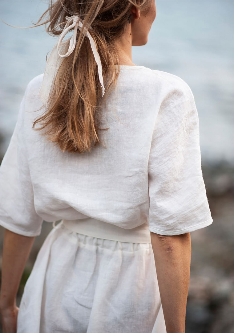 Linen dress Maeve in ivory 9