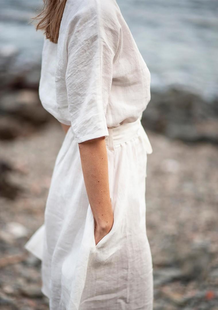 Linen dress Maeve in ivory 5