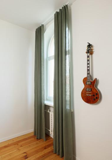 Set of 2 linen curtain panels in Moss green
