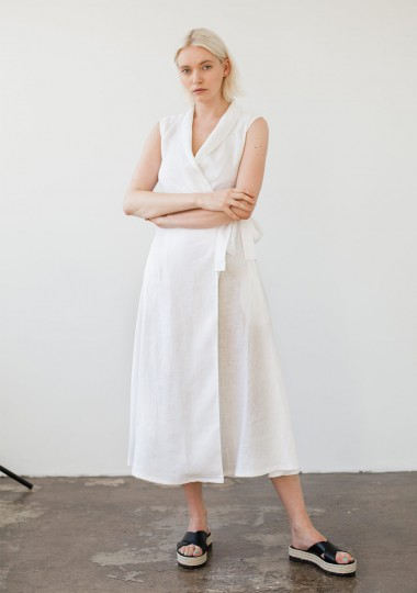 Sleeveless linen wrap dress Serena