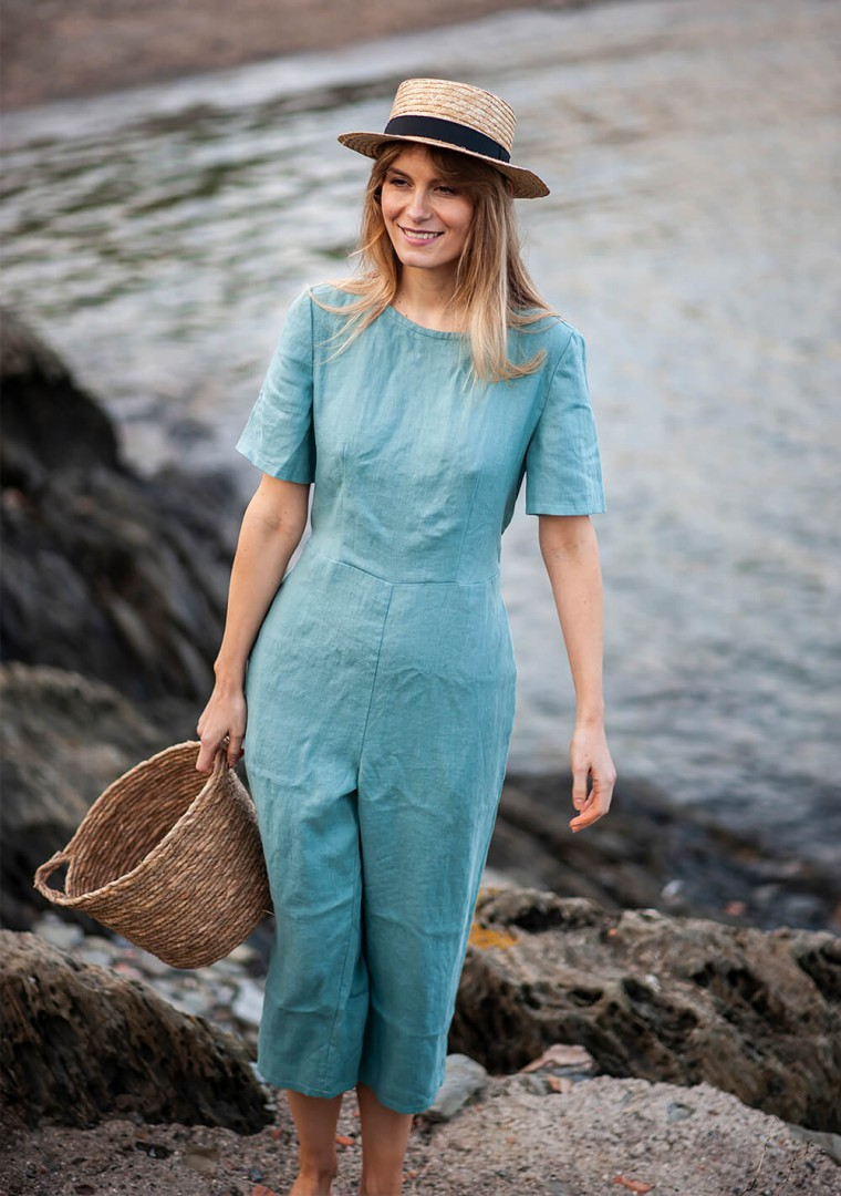 Linen jumpsuit Avery in teal 1