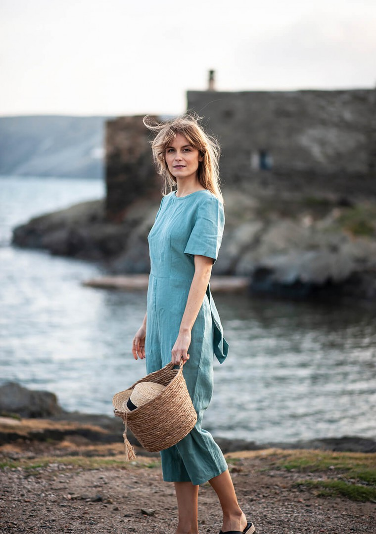 Linen jumpsuit Avery in teal 4