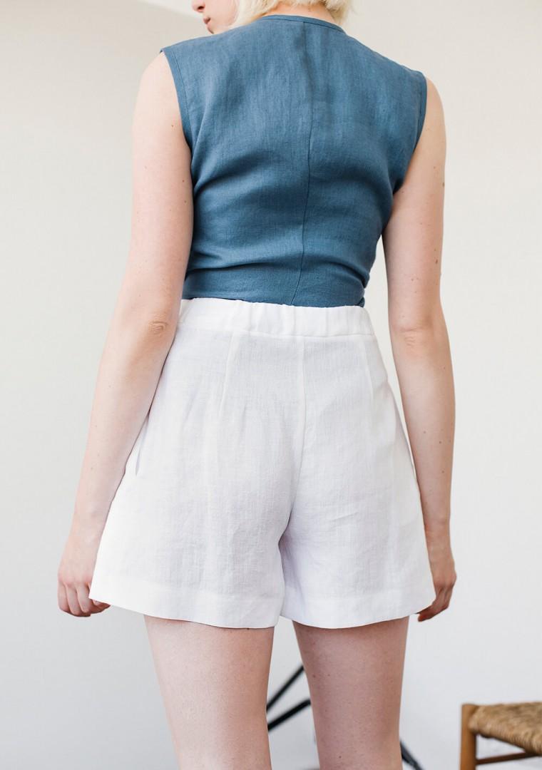 Linen shorts Agnes in optic white 4