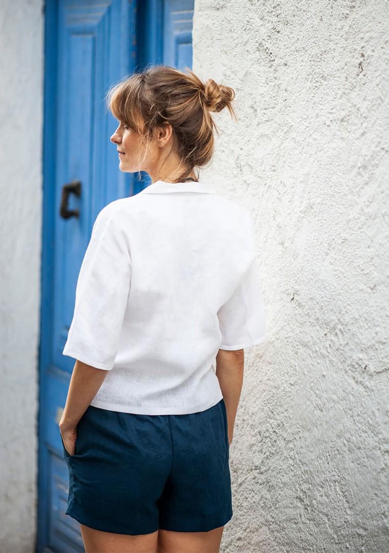 Linen shorts Tori in navy blue 6