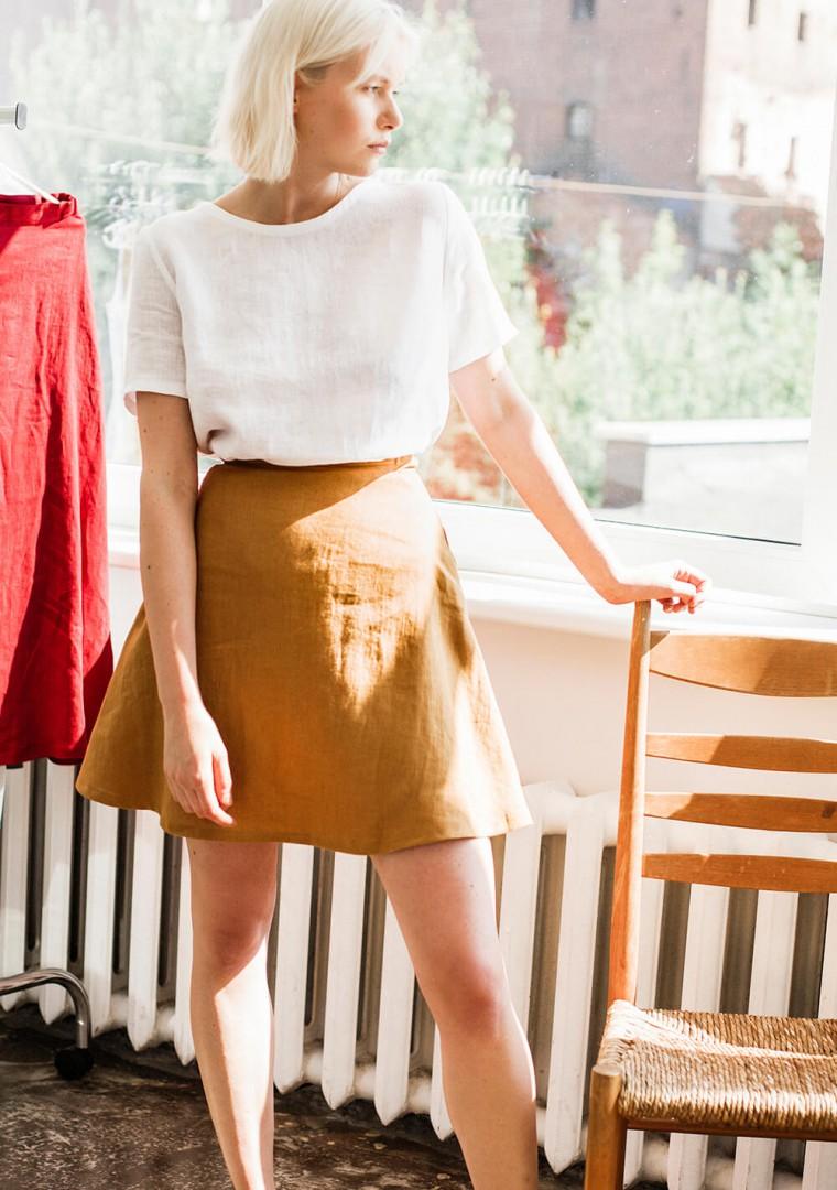 Linen mini skirt Adelle in mustard 2