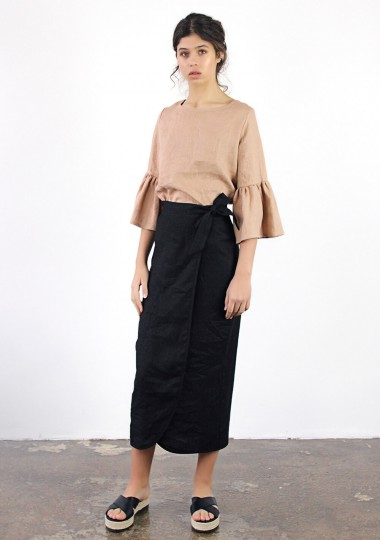 Linen wrap skirt Fiona in black