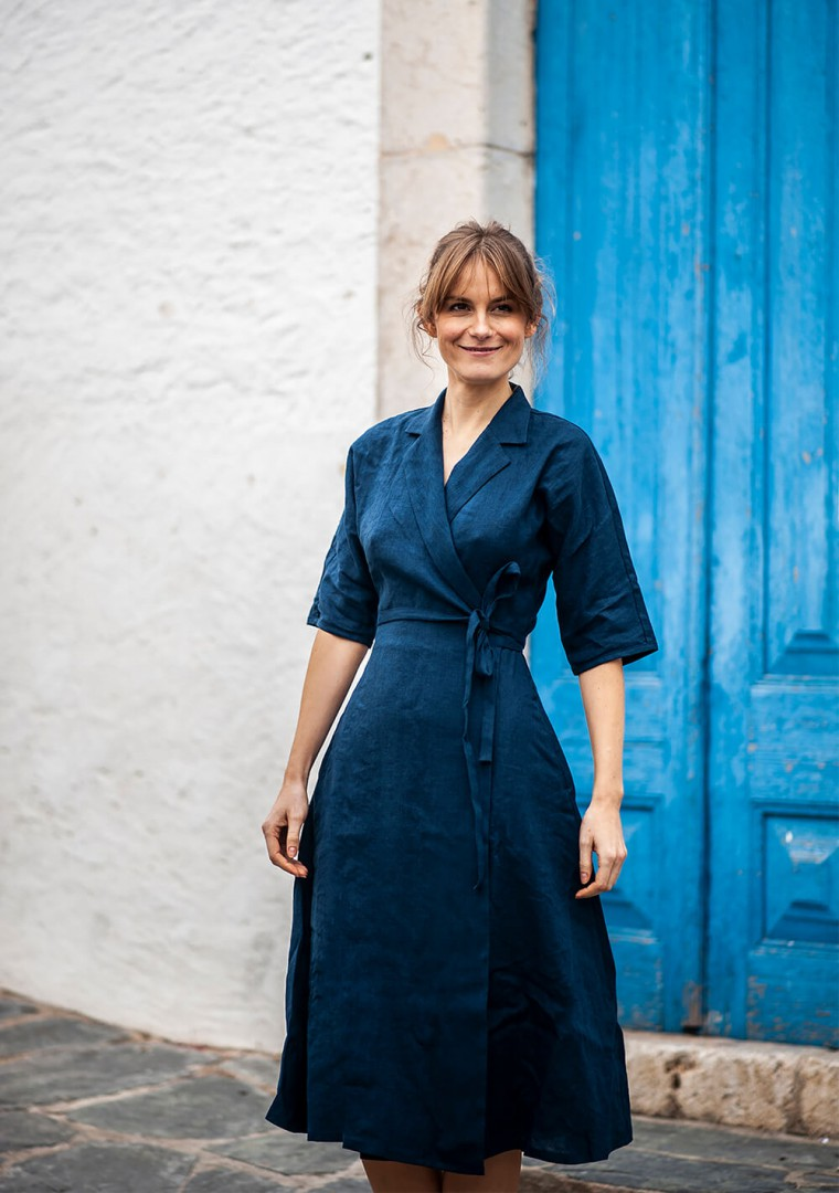 Linen dress Athena in navy blue 3