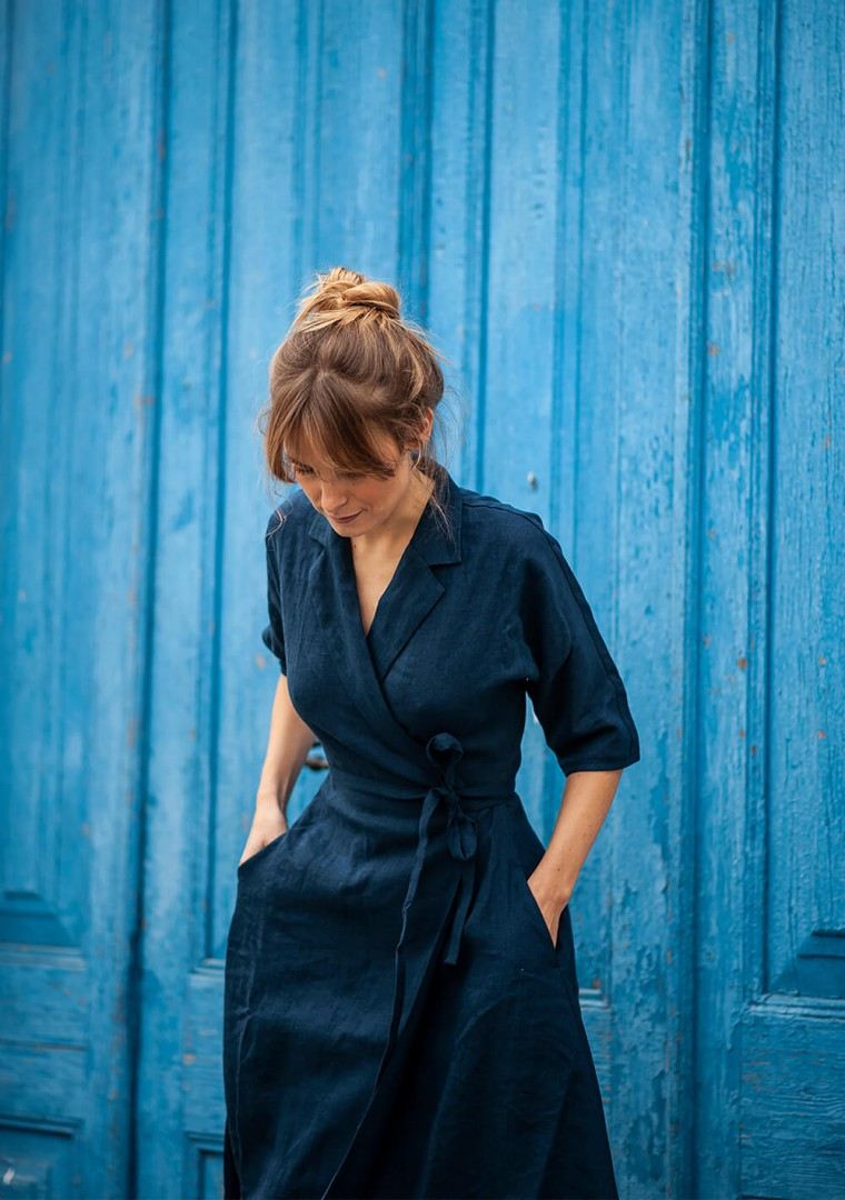 Linen dress Athena in navy blue 4
