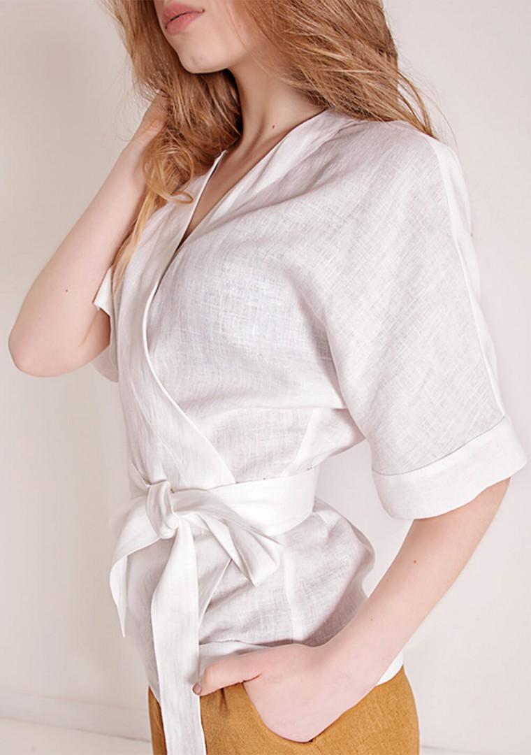 Linen wrap top Denise in optic white 4